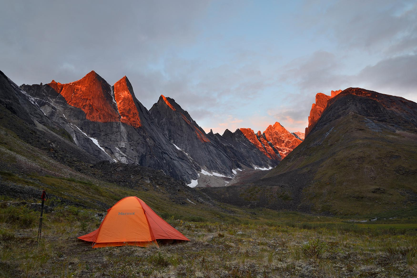 Guided backpacking trips Arrigetch Peaks The Maidens, backpacking trip Arrigetch Peaks, Gates of the Arctic National Park, Alaska.