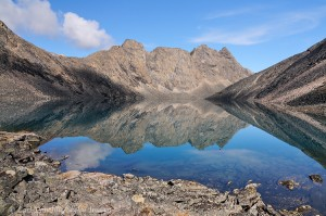Gates of the Arctic hiking trips information Lakes and reflections in Aquarius, a great valley to explore and hike, in the Arrigetch peaks region, Gates of the Arctic National Park.